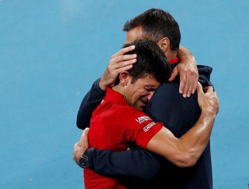 Novak Djokovic ließ seinen Emotionen nach dem ATP-Cup-Sieg freien Lauf.REUTERS