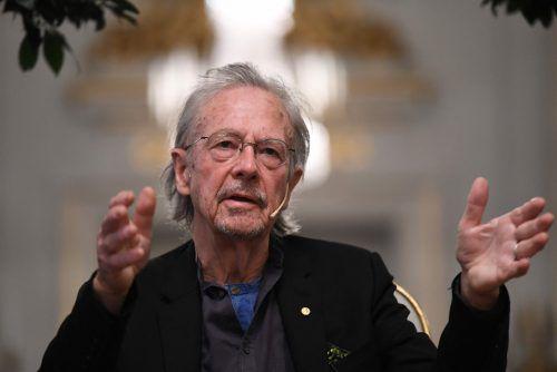 Peter Handke vor der Nobelpreisverleihung in Stockholm. afp