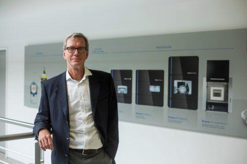 Peter Nicklin wird dem Unternehmen weiterhin beratend zur Verfügung stehen. VN