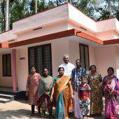 Göfner Pfarrer hilft Obdachlosen in Kerala