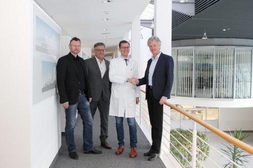 Primar Thomas Winder wurde von den KHBG-Verantwortlichen Peter Fraunberger, Andreas Stieger und Gerald Fleisch (v. l.) willkommen geheißen.khbg