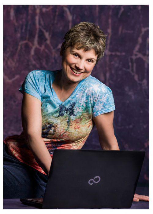 Reingard Wöss schreibt Liebesromane und Krimis.  VN/Knobel