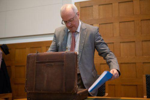 Reinhard Haller erklärte den Geschworenen sein Gutachten. VN/Hartinger