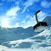 """<p class=""""infozeile"""">               skifahren vor dem einzigartigen Panorama des ortlers              </p><p class=""""infozeile"""">Schneesicherheit von Oktober bis Anfang Mai – das gibt es im Skigebiet Sulden am Ortler (1900 bis 3250 m). Neben Pisten für Skifahrer bietet das hochalpine Gebiet auch Tiefschneehänge für Extrem-Skifahrer und Freerider sowie einen Funpark für Boarder. Familienfreundliche Preise, modernste Bergbahnen, herausragende Gastronomie und tolle Angebote kennzeichnen das umweltfreundlichste Skigebiet Italiens.</p>"""