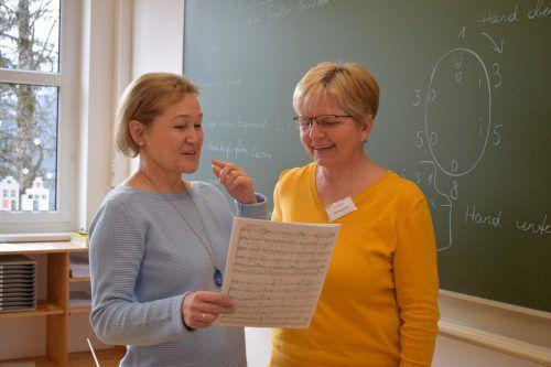 Stimmbildung mit Birgit Plankel beim Chorseminar.