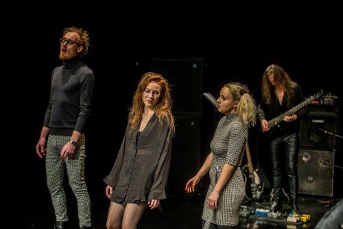 """Szene aus """"Heile mich"""", der neuen Produktion des Aktionstheaters unter der Leitung von Martin Gruber. Die nächste ist bereits für Mai 2020 angekündigt. VN/Paulitsch"""