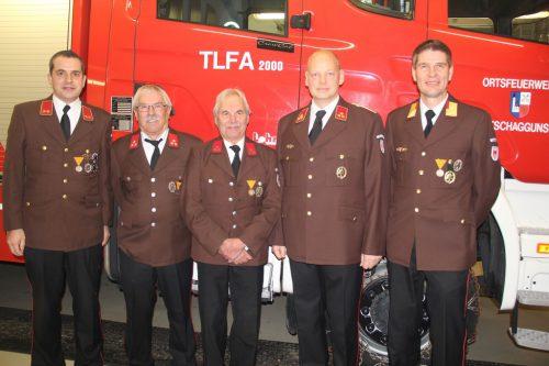 V. l.: Peter Galehr, Herbert Galehr (40 Jahre FW Tschagguns), Friedrich Vonier (60 Jahre FW Tschagguns), Martin Wischenbart und Markus Greber.