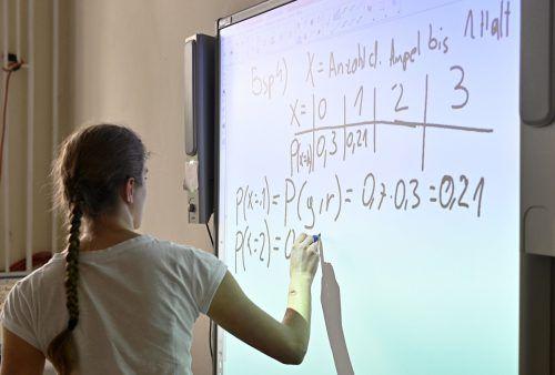 Wirtschaftsverständnis und Finanzwissen sollen in die Lehrpläne.APA