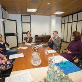 Eltern wollen runden Tisch zu Kinderonkologie