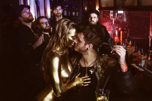 """Antiheld präsentieren mit """"Goldener Schuss"""" ein Rockalbum mit Punk im Herzen.sara berschinger"""