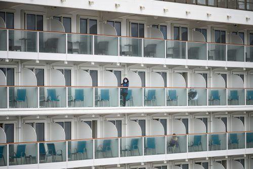 Auf zwei Kreuzfahrtschiffen in Hongkong und in Japan sitzen zusammengerechnet über 7000 Menschen fest. AFP