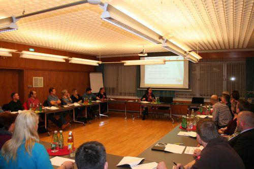Beim ersten Vereinsabend in Frastanz informierte Juristin Dr. Andrea Volderauer-Haidegger über Haftungsfragen. Gemeinde