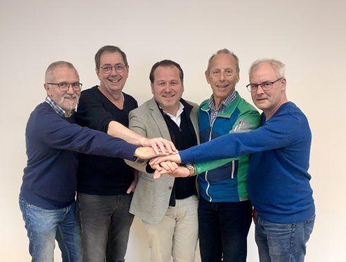 Berno Witwer, Gerhard Burtscher, Bürgermeister Harald Witwer, Reinhold Schneider und Markus Hartmann (v.l.) machen künftig gemeinsame Sache. Gemeinde