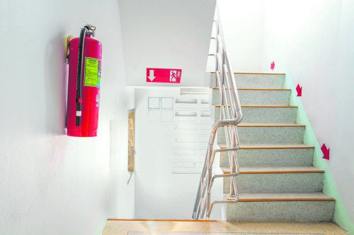 Brandschutzvorschriften müssen von Vermietern wie Mietern beachtet werden.