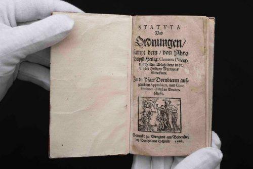 Bruderschaftsbüchlein aus dem Jahr 1668, gedruckt von Bartholomäus Schnell in Bregenz. Vorarlberger Privatsammlung, Foto: jana Sabo