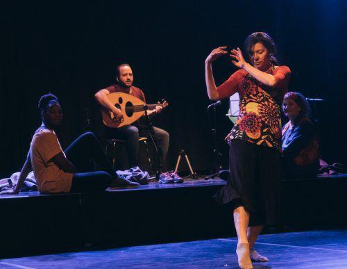 """""""CreaRedes"""" von Claudia Grava wurde in der Kammgarn in Hard uraufgeführt. Sarah Mistura"""