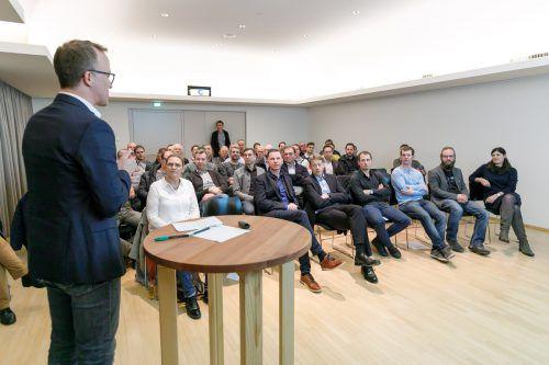 Der für die Forstwirtschaft zuständige Landesrat Christian Gantner bedankte sich bei den Venstermachern für ihr Bekenntnis zur Region.VLK