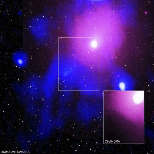 Der Galaxienhaufen Ophiuchus ist etwa 390 Millionen Lichtjahre entfernt. NASA