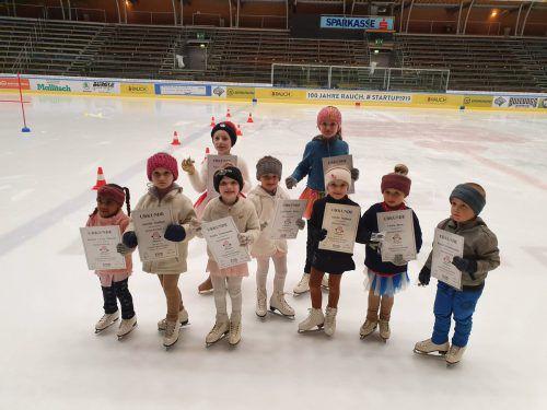 Der Nachwuchs des Eislaufvereins Dornbirn absolvierte die Pinguintests in verschiedenen Schwierigkeitsgraden. Eislaufverein