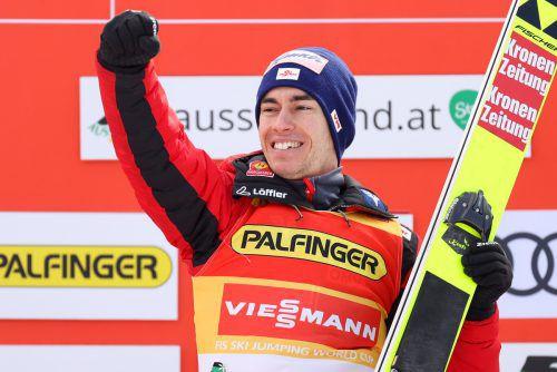 Der Salzburger Stefan Kraft jubelt über seinen 20. Weltcupsieg. gepa