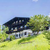 Hotel neben Hitlers Berghof steht zum Verkauf