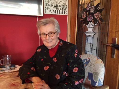 Die 1937 geborene Rose wird nicht müde, zu warnen. Sie hält auch Vorträge an Schulen.