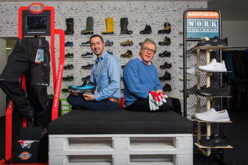Die Gesellschafter Kurt Kusternig (li.) und Martin Lenz wollen Fröwis Workwear weiter ausbauen.VN/Steurer