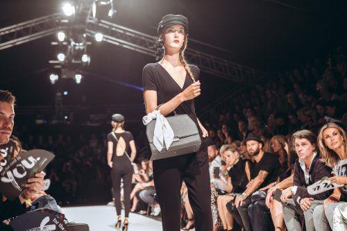 Die Gewinnerin darf für Designer Mike Galeli auf der Vienna Fashion Week laufen.Philipp Lipiarski
