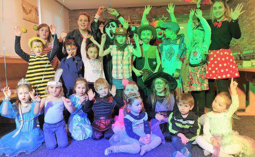 Die kleinen Mäschgerle in Faschina hatten riesen Spaß bei der Kinderparty und feierten ausgelassen das Ende der fünften Jahreszeit. KRS