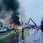 Koblach: Garagenbrand sorgt für Großeinsatz der Feuerwehr