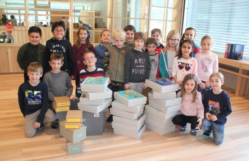 Die Schüler der 1c freuten sich darüber, ihre neue Klasse beziehen zu können.vn/JS