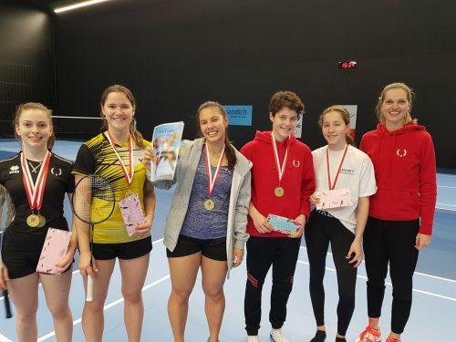 Die stolzen Siegerinnen in der Oberstufe-Mädchen vom Sportgymnasium Dornbirn.cth