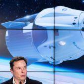 SpaceX will Touristen so tief in den Weltraum bringen wie nie zuvor