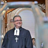 Evangelischer Bischof fordert neuen Dialog zur Karfreitags-Regel