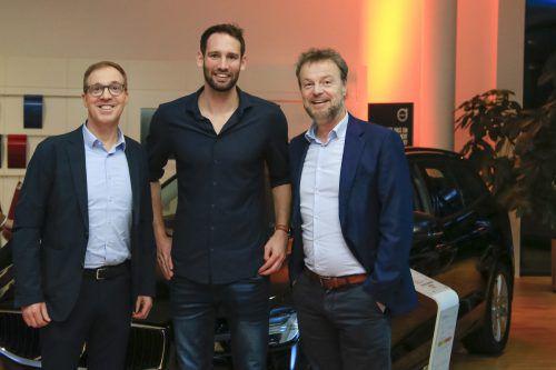 Gernot Uecker, Dominik Schmid und Präsident Günther Lehner (v.l.).