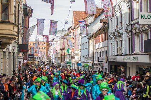 In Bregenz wird am Sonntag Fasching gefeiert, mit Folgen für den Verkehr.