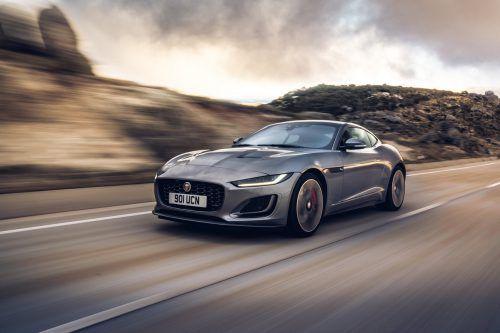 Kompromisslose Fahrmaschine: Die VN haben dem überarbeiten Jaguar F-Type bei ersten Testfahrten auf den Zahn gefühlt.werk