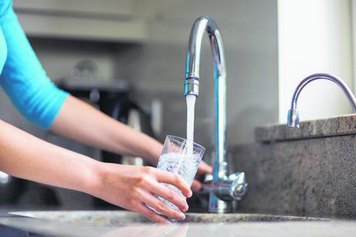 Leitungswasser ist frisch, Boilerwasser abgestanden.foto: shutterstock