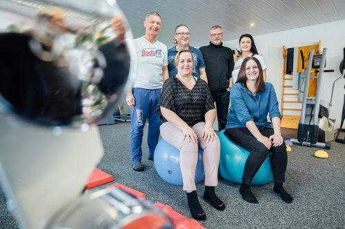 Manuela Lang, Sandra Feuerstein, Othmar Geißler sowie Martin Opriessnig werden von Valentin und Olga Tschebrukov umfassend betreut.vn/sams