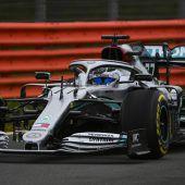 "<p class=""caption"">Mercedes fuhr in Silverstone aus.</p>"