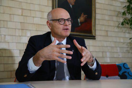 Mit seinem Beratervertrag gerät auch Ex-Chef Karl Stoss in die Casino-Affäre. VN/HB