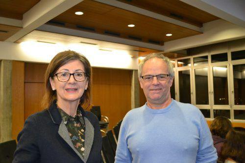 Monika Petter und Manfred Harasser möchten die Übungen im Lerncafé anwenden. BI