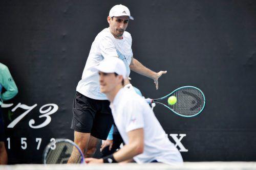 Schnelles Aus in New York: Philipp Oswald (hinten) und Marcus Daniell.gepa