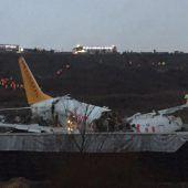 Flieger zerrissen: Ein Toter und viele Verletzte