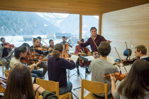 Quarta 4 Länder Jugendphilharmonie bei den letzten Proben, in der kommenden Woche beginnt die Arbeit für das neue Projekt. VN/Paulitsch