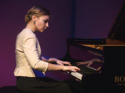 Vorarlberger Pianistin Hanna Bachmann bei einem Konzert in Bregenz. JU