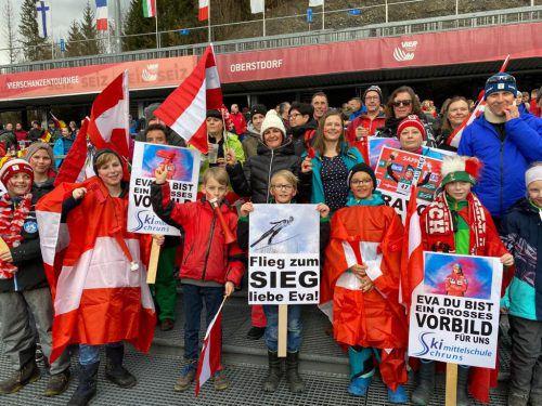 Vorarlbergs Skisprung-Ass Eva Pinkelnig wurde in Oberstdorf von einem Fanclub aus dem Ländle stimmkräftig unterstützt. Privat