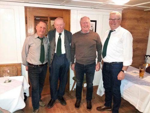 Vorstand des Kameradschaftsbundes Bildstein: Kurt Hinteregger, Obmann Karl Brunner, Egon Troy und Egon Winder.