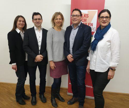 VVV-Vorstand: v. l. Sabine Häusle, Dr. Michael Grabher, Silke Kromer, Mag. Stefan Fischnaller und Dipl.-Eb. Bernadette Madlener.VHS