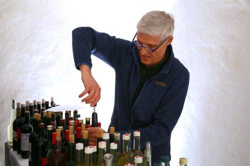 Weine von sechs Göfner Winzern wurden verkostet.